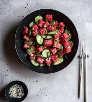 Vannmelon og agurk salat