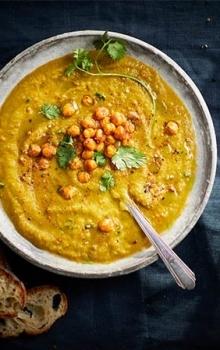 Suppe av Ovnsstekte Grønnsaker